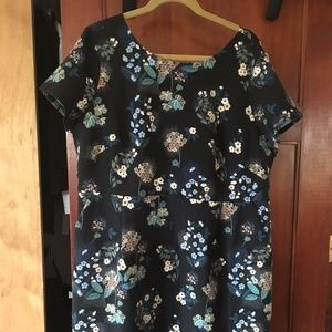 LOFT PLUS FLORAL SCOOP BACK POCKET DRESS size 16